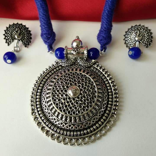 Blue Threaded Round Pendant Necklace with Earrings