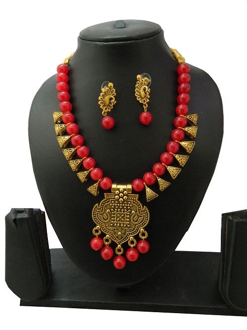 Red Indo Western Necklace With Earrings