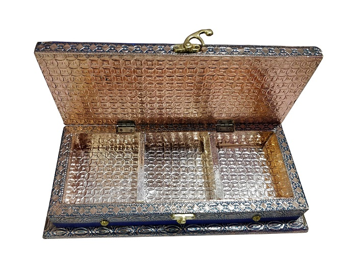 Rich Decorative Wooden Dry Fruit Box